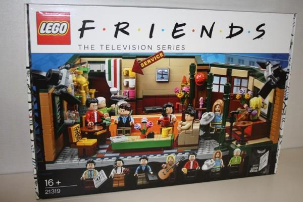 LEGO Ideas Central Perk TV Se