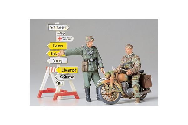 1:35 Diorama-Set Motorrad m.W